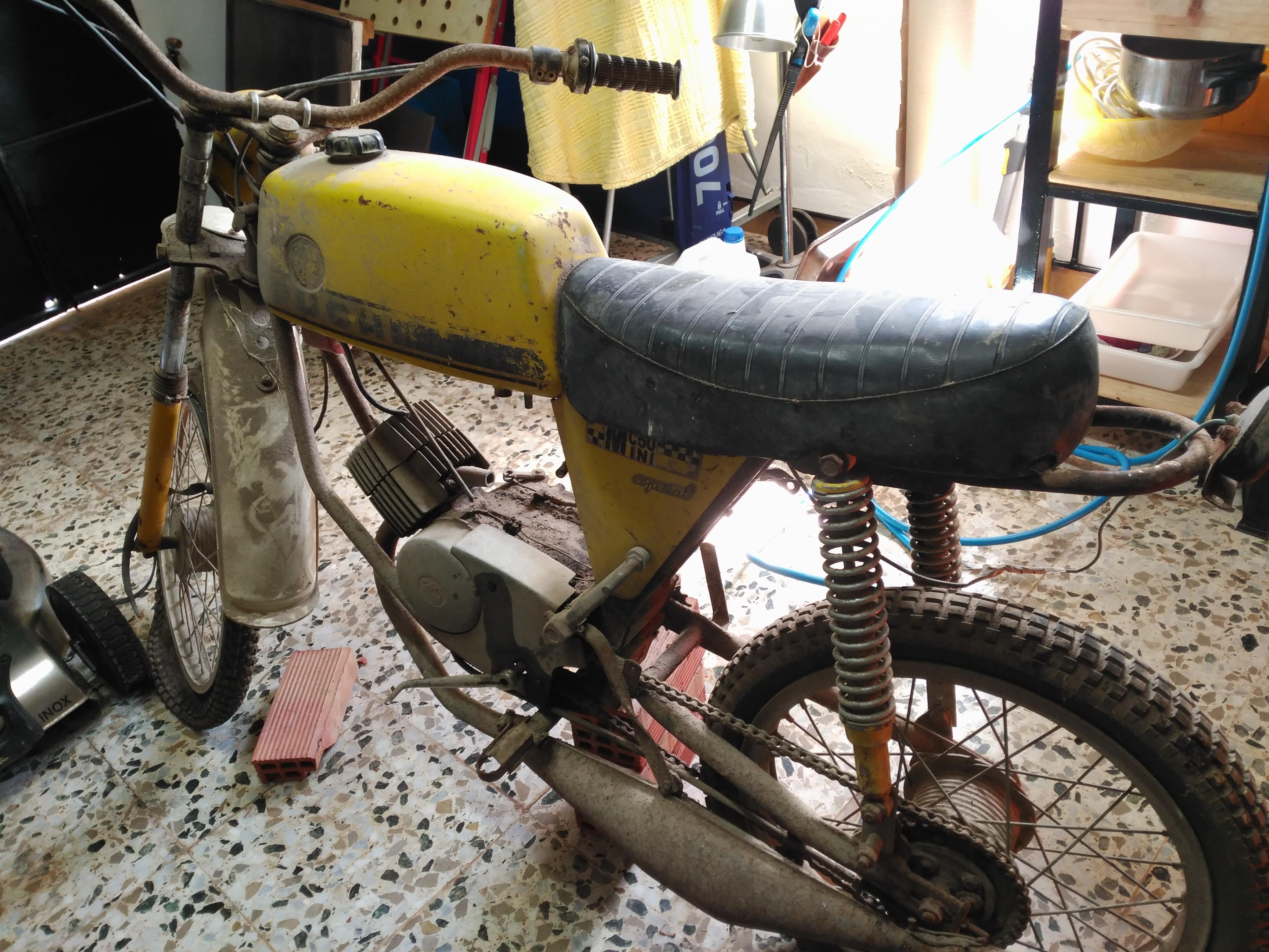 Restauración Puch Minicross 50 Mini Especial 95O1i1
