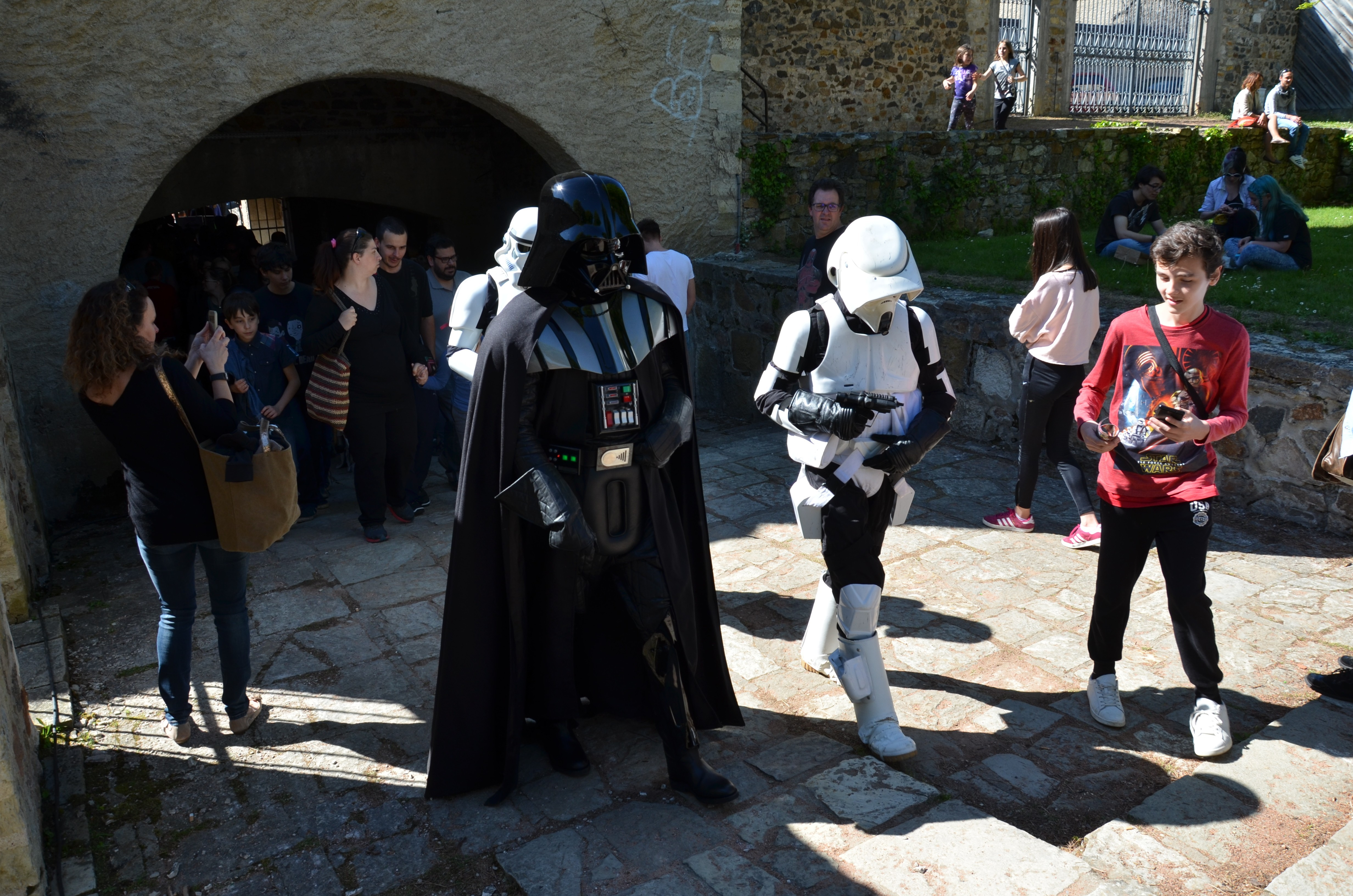 Générations Star Wars - Cusset - 29 et 30 avril 2017 PCyjhm