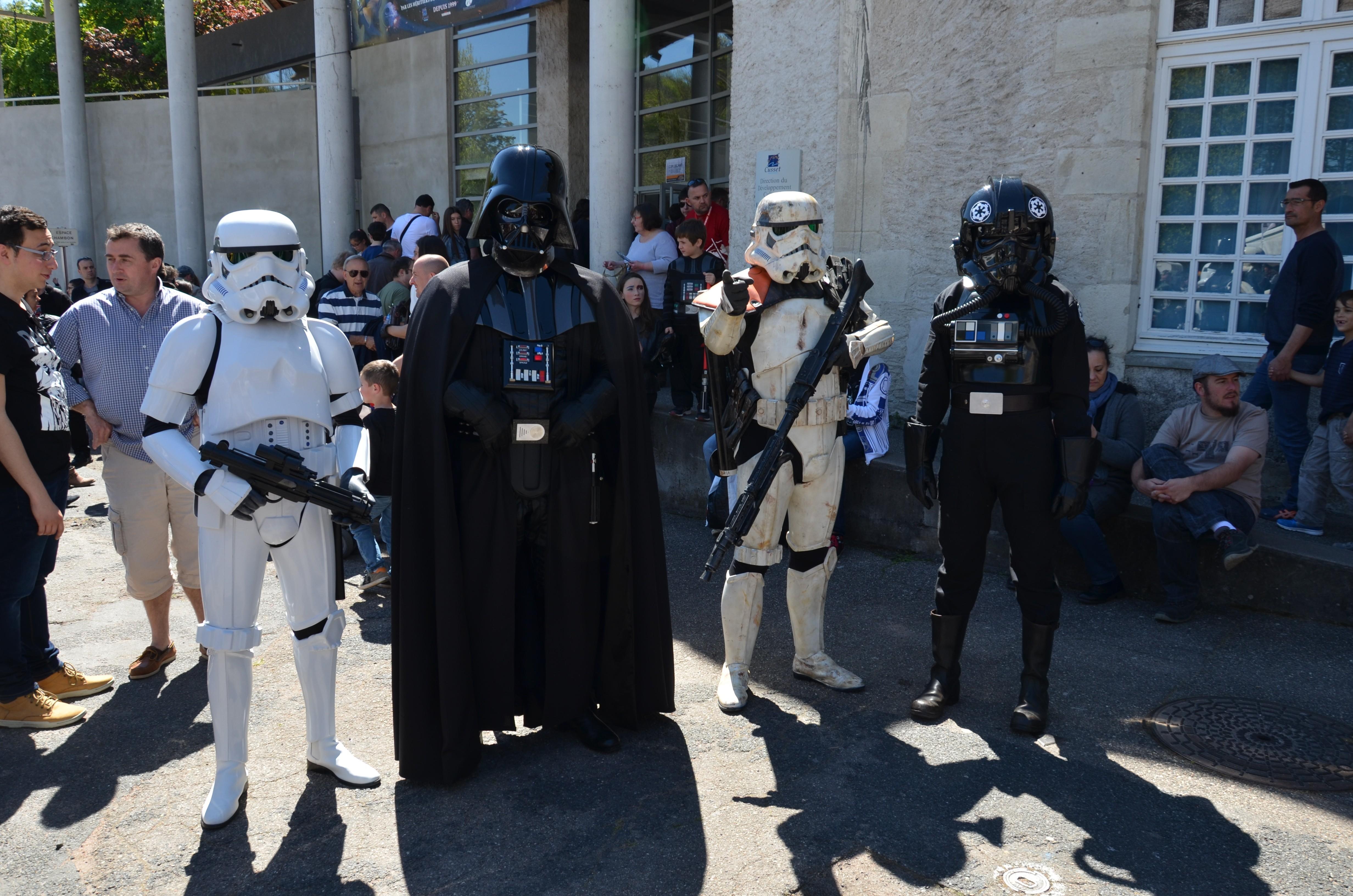 Générations Star Wars - Cusset - 29 et 30 avril 2017 TVn8uo