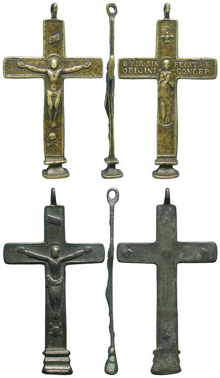 Crucifijo bifaz con base patada - CC133  Bf3Vh6