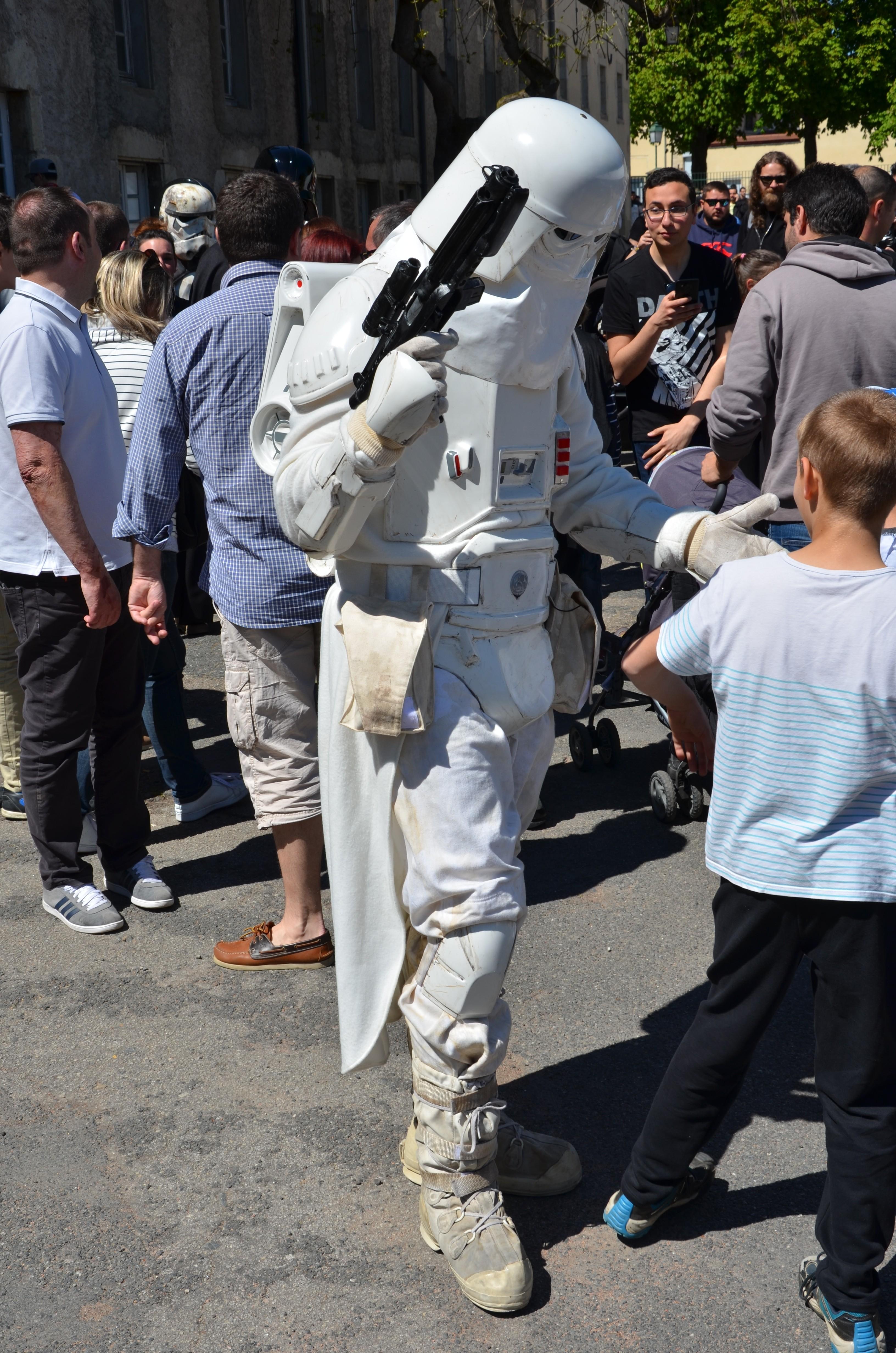 Générations Star Wars - Cusset - 29 et 30 avril 2017 LnkK8T