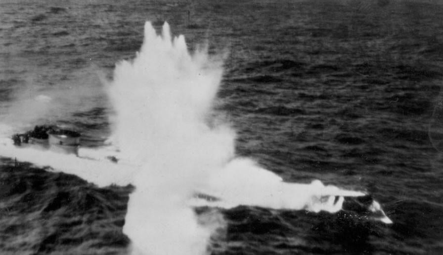 photos de sous-marin et de leur équipage QMwlS4