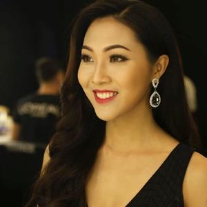 Vietnamese Model Contest 4007-44