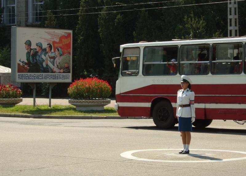 dv. PTG, propaganda & a bus