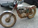 Historique, caractéristiques techniques et entretien des monos Honda 5551-76