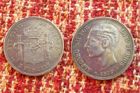 5 pesetas 1877 (18-77 )de-m  alfonso xii material plata 900 tirada 6.987.000
