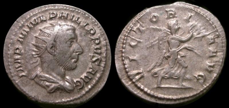 Antoniniano de Filipo I Árabe VICTORIA AVG.
