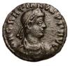 Centenional /Graciano, Romana 367-375 DC Anv.:Busto con diadema mirando a la derecha. Rev.:Emperador y cautivo. 18 mm / 2.7 grs.