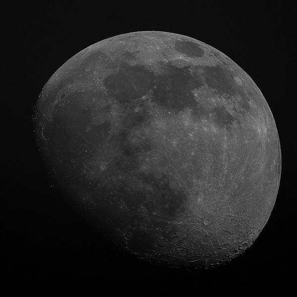 La Lune le 04 Avril 2020 à 19h15 Vlc_lu10