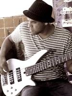 A Ricardo Torres