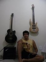 M2_Bassplayer