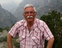 José L. Zamora