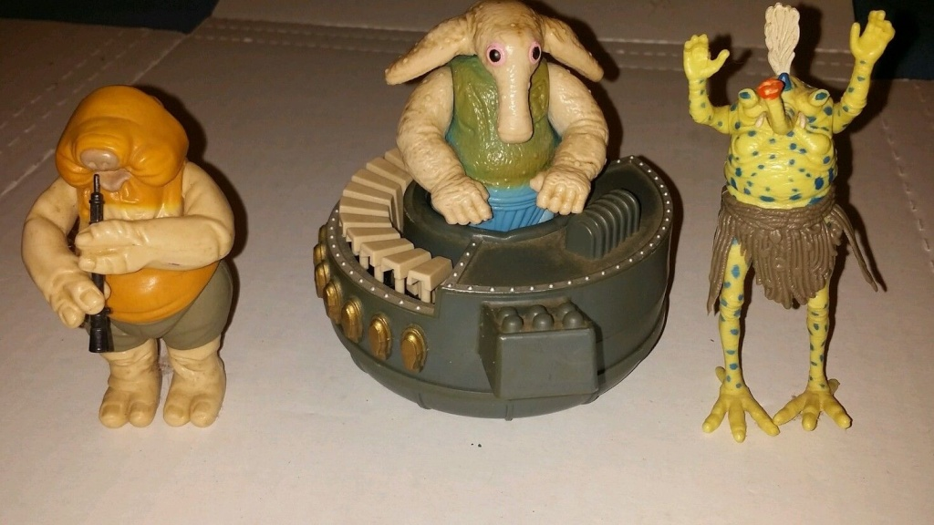 Everything You Always Wanted to Know About Discolored Figures But Were Afraid to Ask.  - Page 12 Rebo10