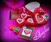 Pehmed tikitud südamed, mobiilile ripats, aforismiga raamike, ternespiima seep (roosa paberi sees:P), kaart ja karp.