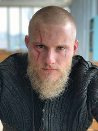Bjorn, o batuque de Thor