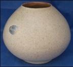 0043 mattone vase [blank supplied by ambrico-crown lynn]
