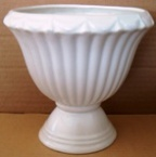 2085 - 6 3/4 Fluted Bowl 15.11.71