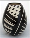 catherine anselmi black and white abstract vase